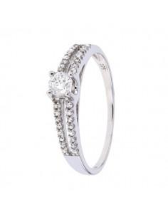 Bague de fiançailles diamants raffinée et moderne en or blanc