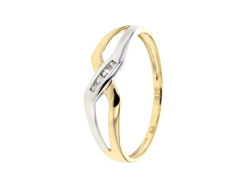 Channel set diamonds on ring in 9 K gold