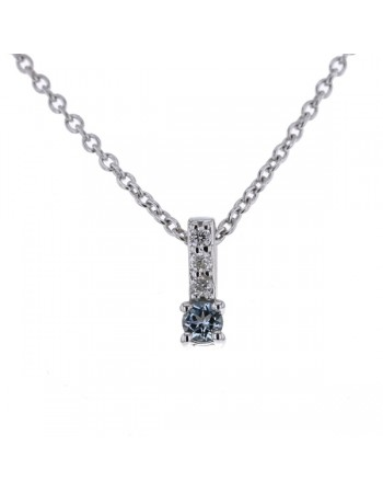 Diamond sided solitaire blue topaze necklace in 9 K gold