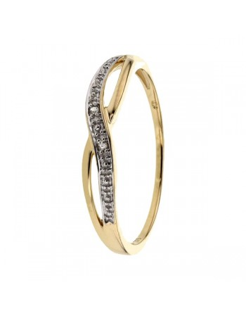 Crossover diamond pave set ring in 9 K gold