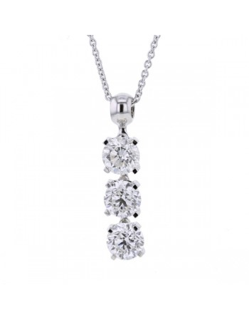 Collier trilogie de diamants sertis 4 griffes en or blanc