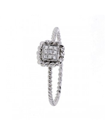 Twist diamond set ring in 9 K gold