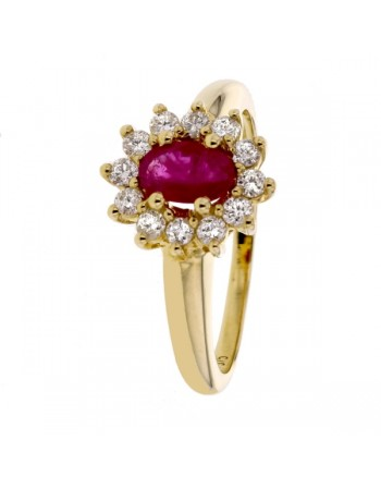 Bague rubis entourage de diamants en or jaune