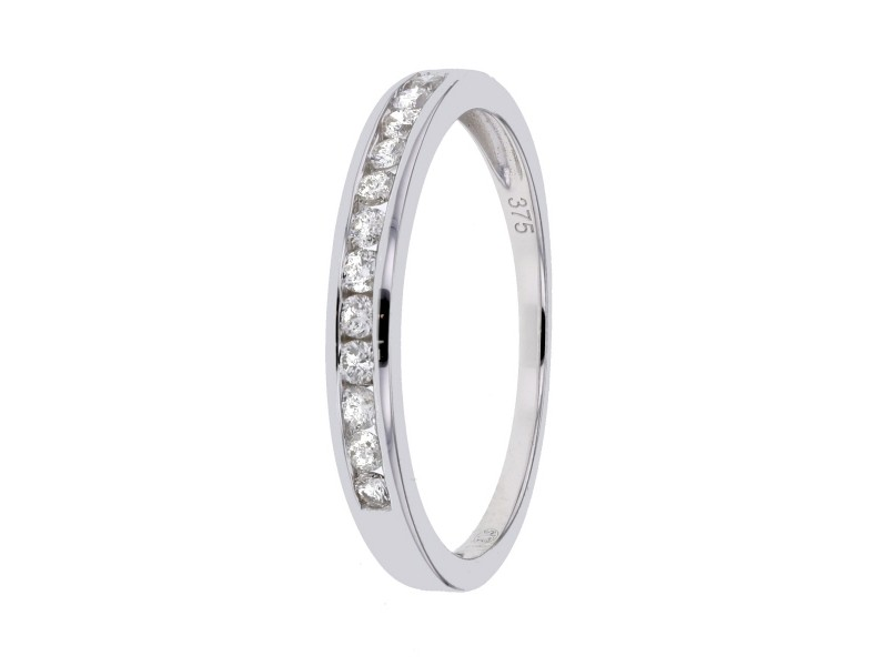 Wedding ring with channel set diamonds in 9 K gold