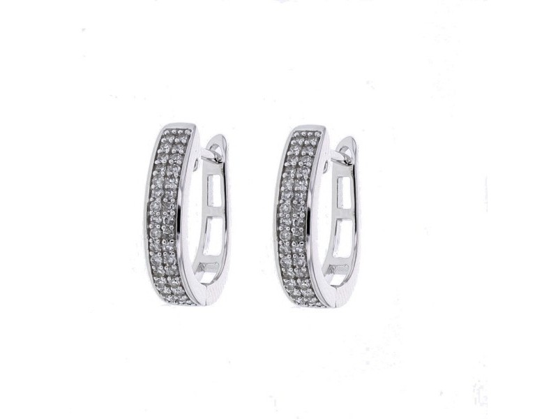 Diamond hoops earrings in 18 K gold