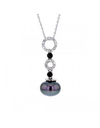Pearl pendant with black and white diamonds in silver