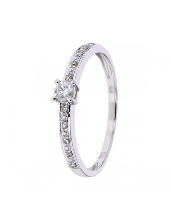 Sided solitaire diamond ring in 18 K gold