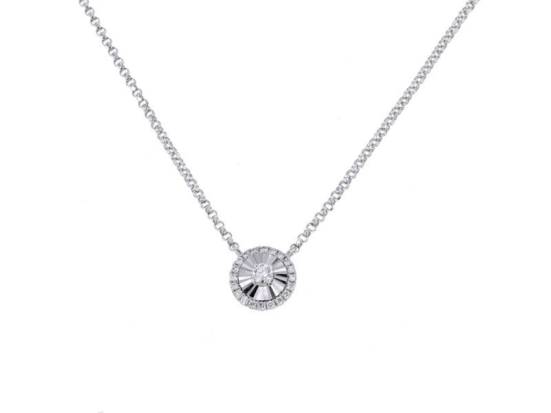 CNC set round shape diamond necklace in 18 K gold