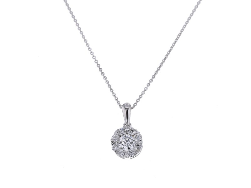 Round multi-pierre diamond pendant in 18 K gold