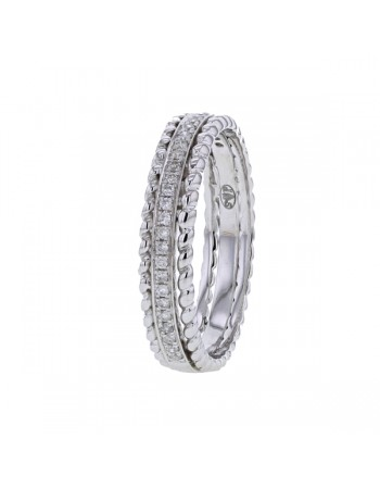Wedding band with diamond pave in 9 K gold