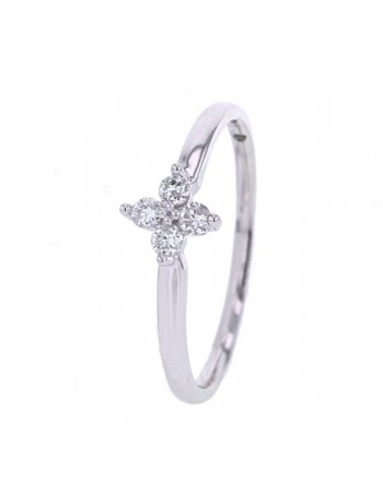 Clover 4 diamonds ring in 18 K gold