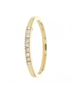 Demi-alliance diamants sertis quatre griffes en or jaune