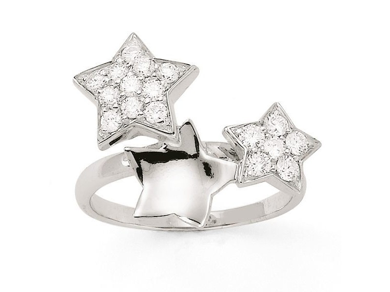 Constellation of star ring with pave set diamonds in 18 K gold