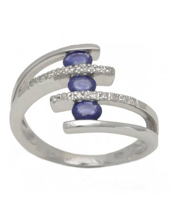 Three stone sapphire and diamonds ring in 9 K gold