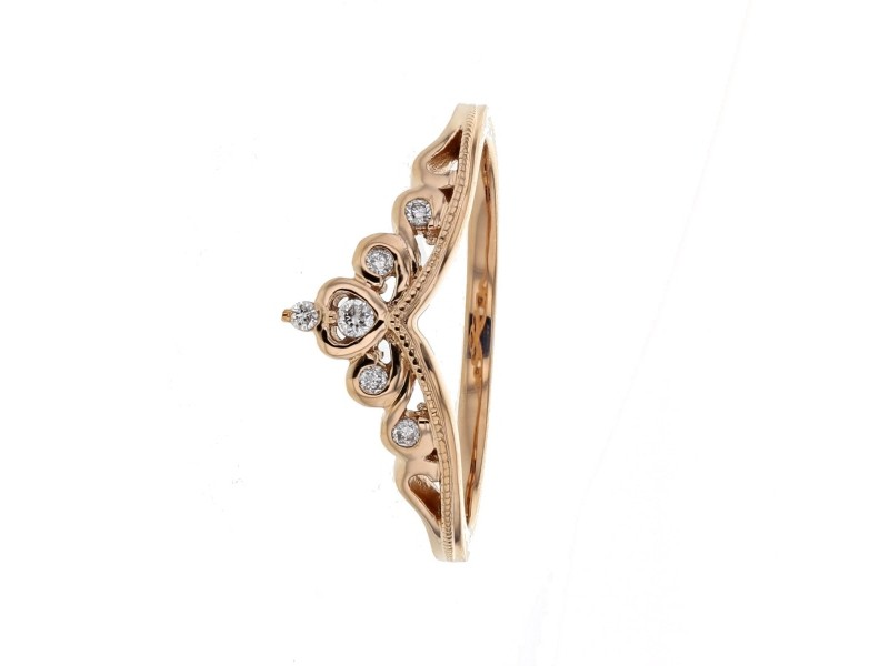 Crown shaped engagement ring with diamonds in 18 K gold