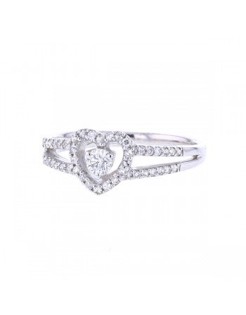 Bague coeur solitaire entourage de diamants en or blanc