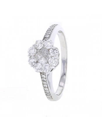 Bague choux diamants princesse et pavages de brillants en or blanc