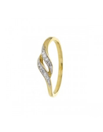 Pave set diamonds ring in 9 K gold