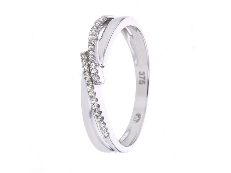 Ring crossover bands with diamonds in 9 K gold