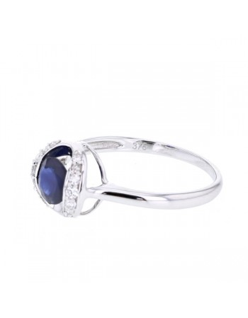 Sapphire and diamonds ring in 9 K gold