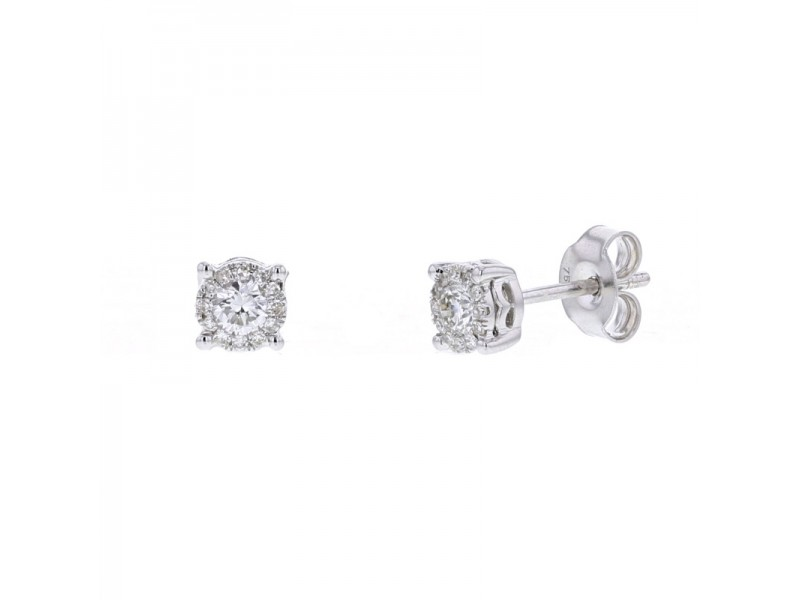Diamond halo solitaire earrings in 18 K gold