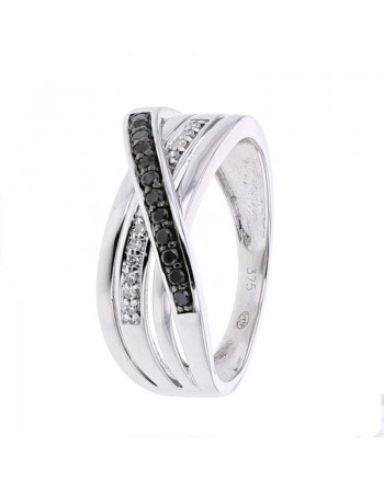 Black and white diamond pave set ring in 9 K gold