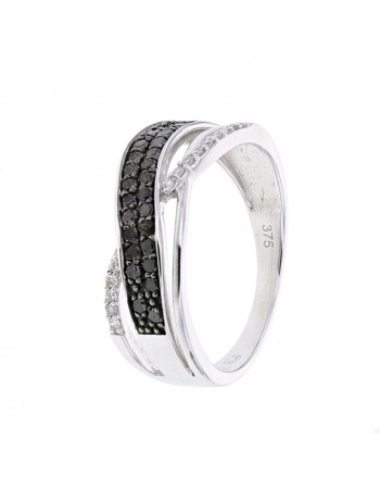 Pave set ring with black and white diamonds in 9 K gold