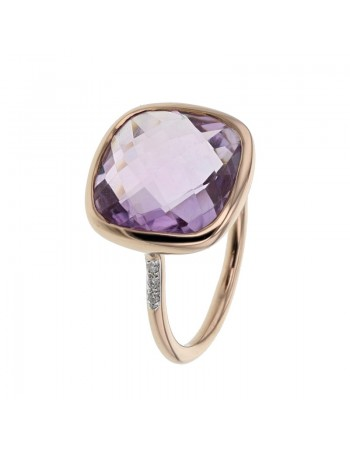 Diamond sides square amethyst ring in 9 K gold