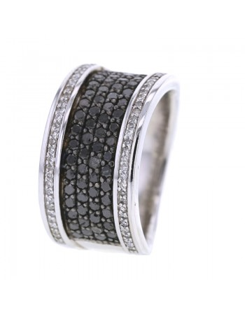Black and white pave set diamond ring in silver 925/1000