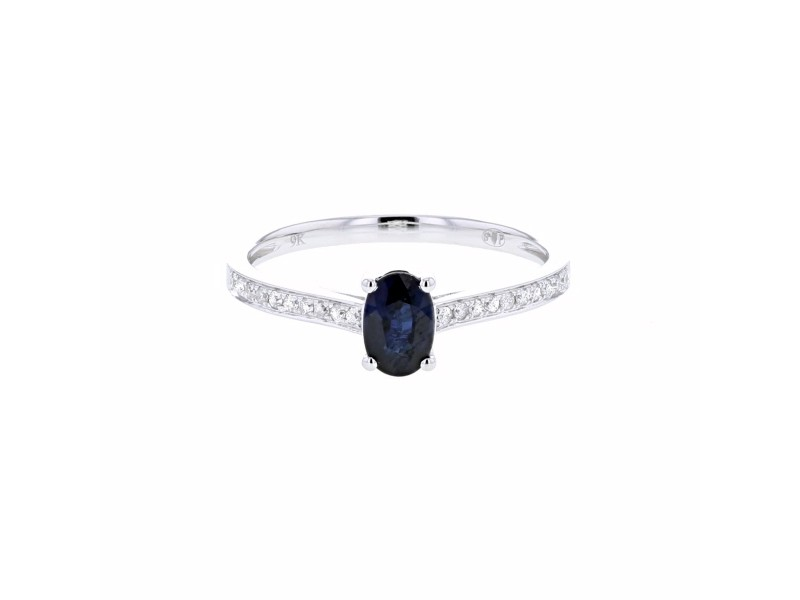 Sapphire and diamonds ring in white gold - 9 K gold: 1.65 Gr
