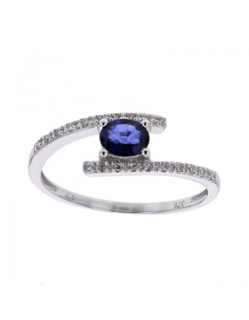Sapphire and diamond ring in 9 K gold