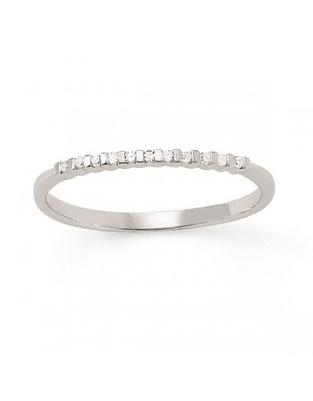 Demi-alliance diamants sertis entre barrettes en or blanc