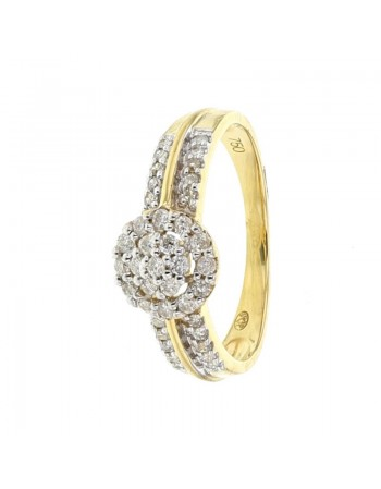 Cluster diamond ring in 18 K gold