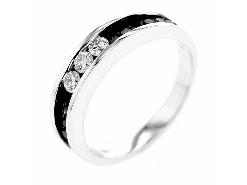 Black and white diamond channel set wedding ring in 18 K gold