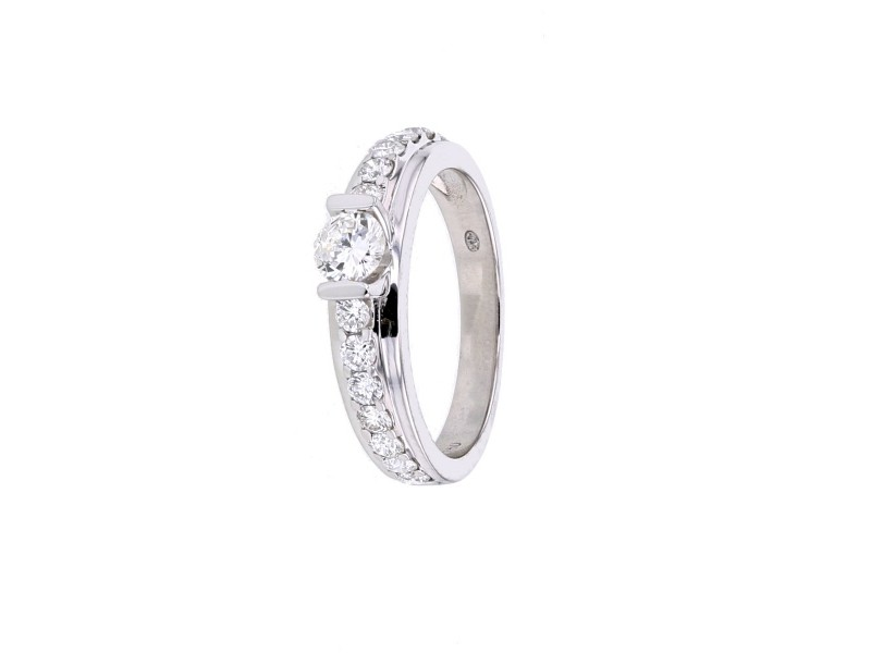Diamond engagement ring in white gold - 18 K gold: 4.20 Gr