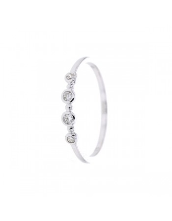 Bague diamants en serti clos en or blanc