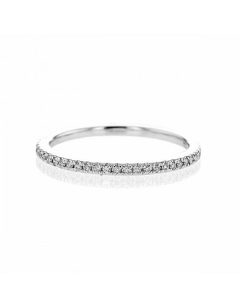 Bague fil tout pavé de diamants sertis grains en or blanc