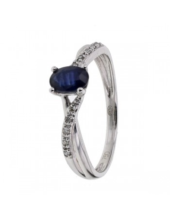 Sapphire and diamonds ring in 18 K gold