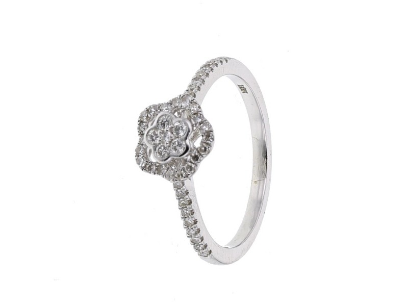 Vintage style diamond set ring in 18 K gold