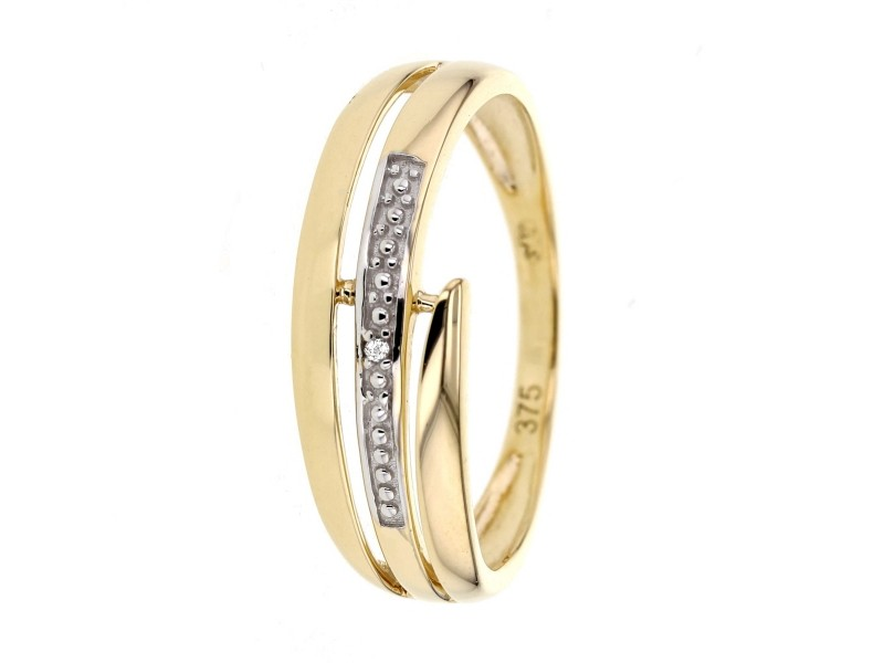 Ring with diamonds in 18 K gold