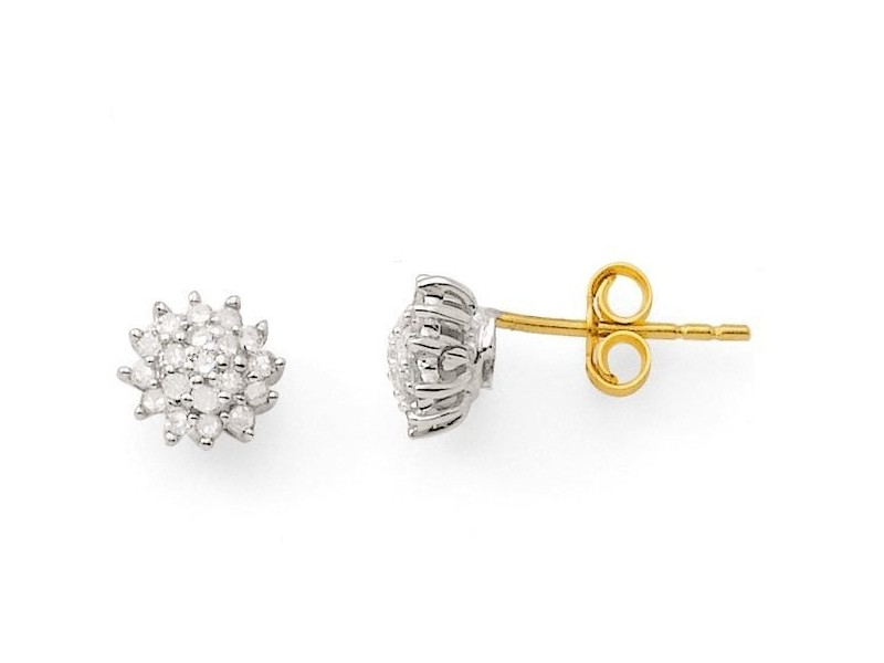Cluster set diamond stud earrings in 18 K gold