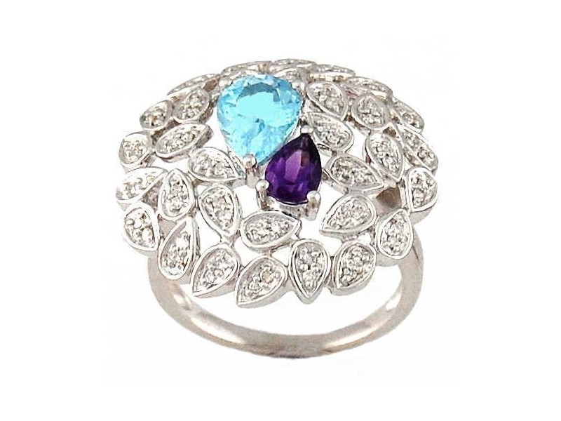 Topaze bleu and pave set diamond ring in silver