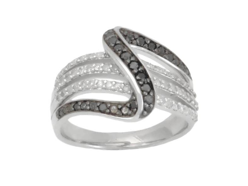 Pave set black and white diamond shaped ring in silver 925/1000