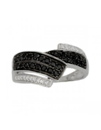 Pave set ring with black and white diamonds in silver 925/1000