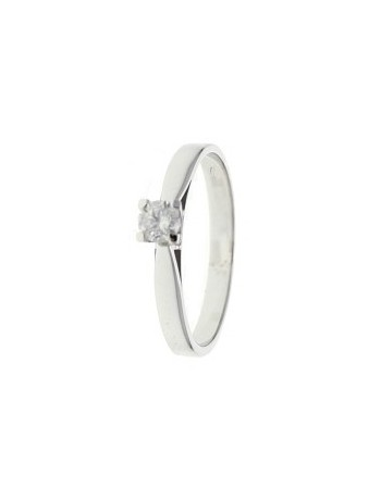 Solitaire diamond ring - 4 prongs in 18 K gold