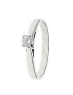Solitaire diamant monté sur 4 griffes en or blanc