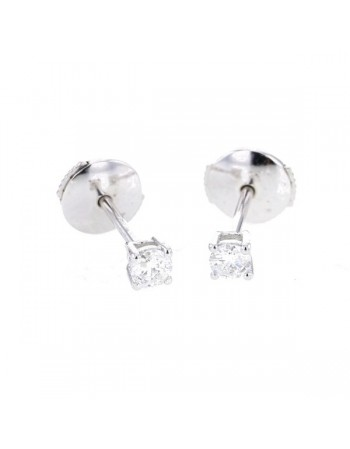 Diamond solitaire diamond studs, claw setting in 18 K gold