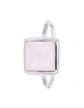 Diamond sided square pink quartz ring in 9 K gold