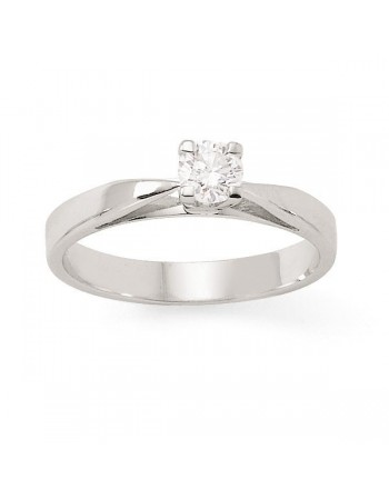 Solitaire 4 claws set diamond ring in 18 K gold