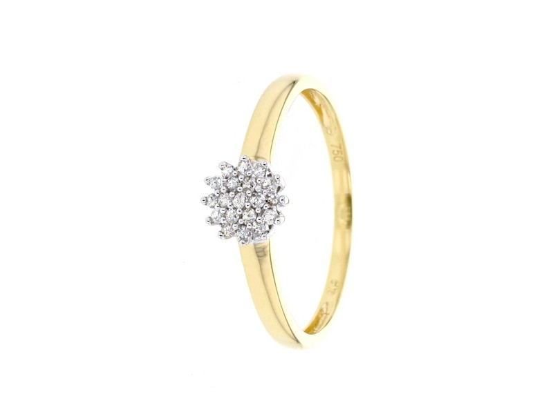 Cluster ring with diamonds in 18 K gold